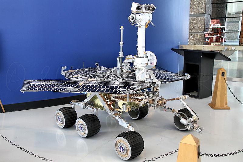 Ciudades en Marte?? 2004%20Mars%20Exploration%20Rover%20'Spirit'%20replica%2001r8
